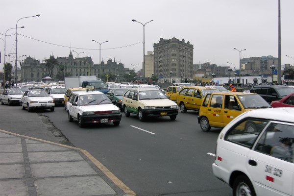 Veel taxi's Lima