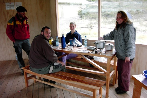 Koken in hutje Torres del Paine Chili